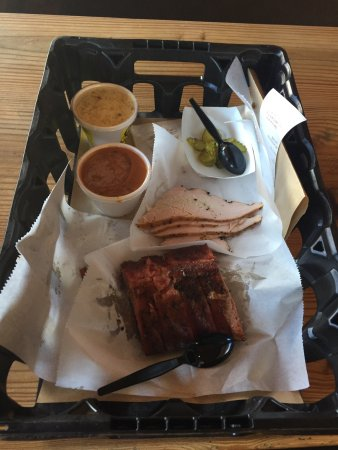 Rudy's Country Store and Bar-B-Q: photo0.jpg