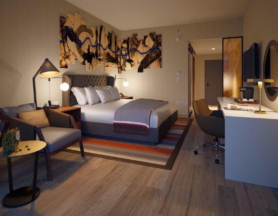 Naperville, IL: Guest Room