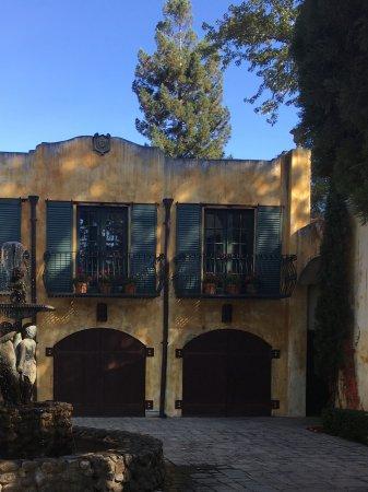 Yountville, CA: Hermosa villa en bodega Andretti ,Napa, california