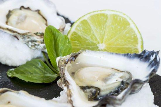 Surf Club Restaurant & Bar: Sydney Rock Oysters