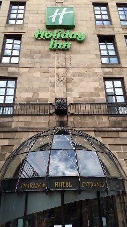 Holiday Inn Glasgow City Centre Theatreland: A fachada do hotel tem imponência.