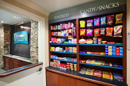 Staybridge Suites Chattanooga Downtown: Vending