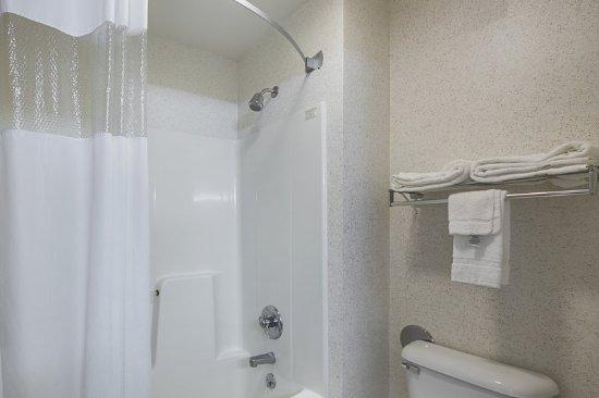 Belmont, WI: Bathroom