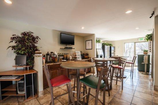 Elkridge, Мэриленд: Breakfast Seating