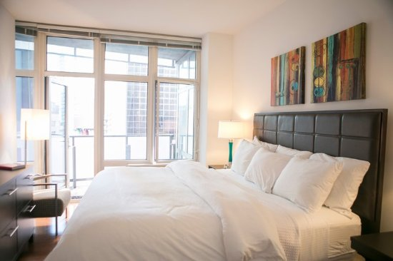 1600 Broadway on the Square : Bedroom