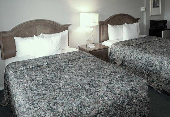 Rodeway Inn & Suites San Francisco: Guest room