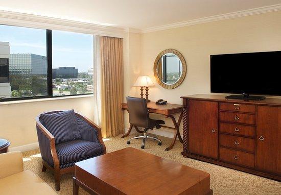 Renaissance Newport Beach Hotel Executive Suite Living Area