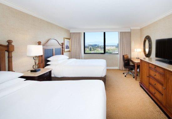 The Duke Hotel Newport Beach: Double/Double Guest Room