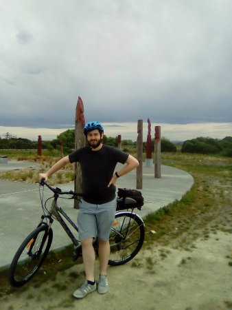 Napier, Nieuw-Zeeland: At the Celestial compass on way to Clive