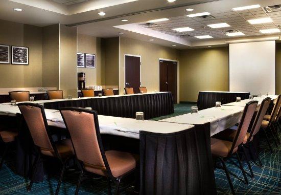 SpringHill Suites Dallas DFW Airport North/Grapevine: Sonoma Meeting Rooms