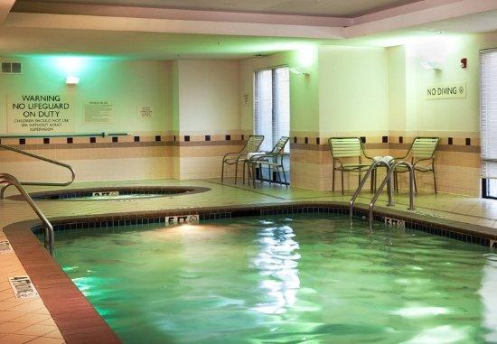 SpringHill Suites Dallas DFW Airport North/Grapevine: Indoor Pool & Whirlpool
