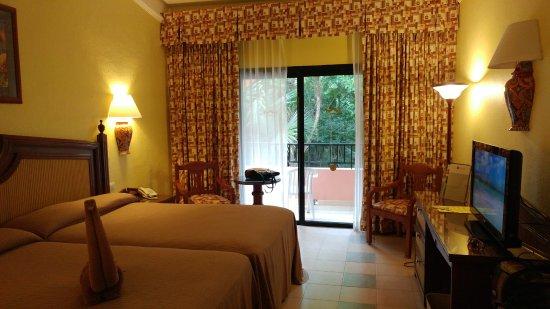Hotel Riu Tequila Photo