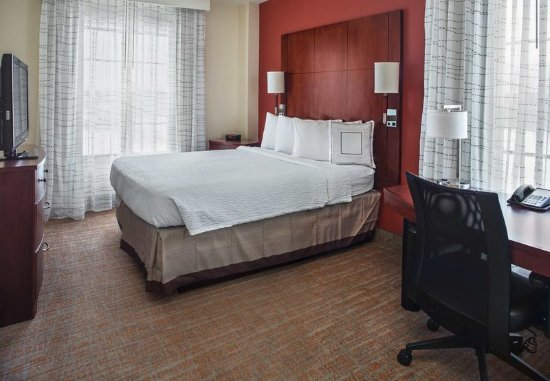Aberdeen, MD: Two-Bedroom Suite