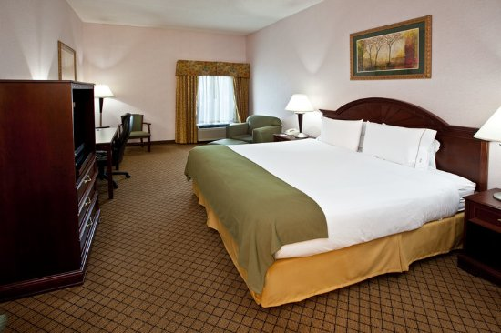 Milford, OH: King Bed Guest Room