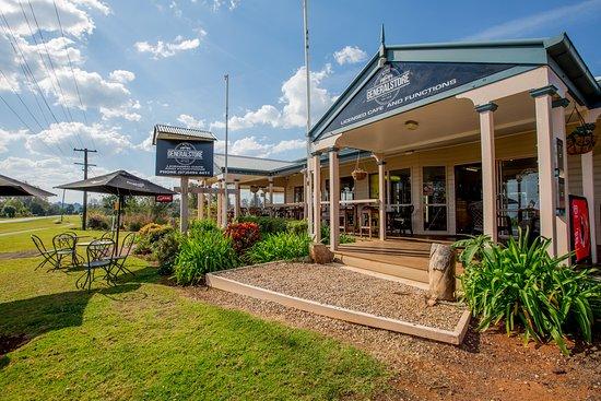 Witta, أستراليا: Front Garden 56
