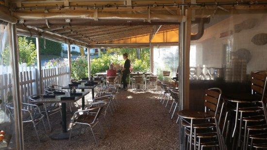 Mac's Shack: Outdoor Dining