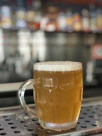 Brunswick Heads, Australia: Trawlers beer on tap