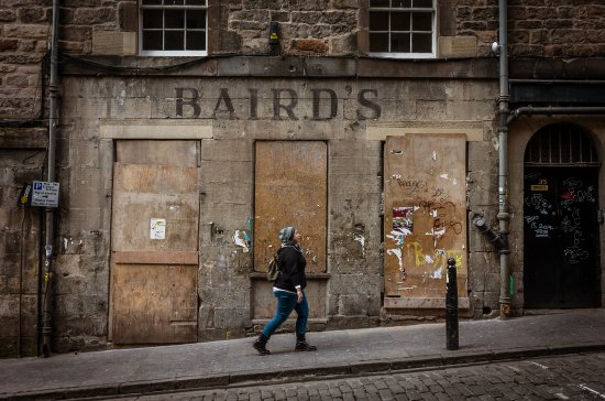 Photo Tours Edinburgh: Royal Mile Side Street, Edinburgh