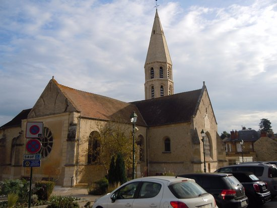 ‪Eglise Saint-Pierre et Saint-Paul‬