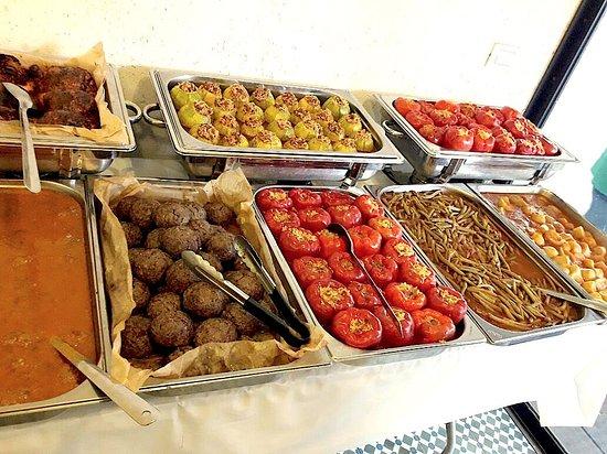 טעמאמא: Friday's food market
