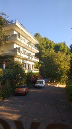 Hotel Antonios: IMG_20171020_085847150_large.jpg
