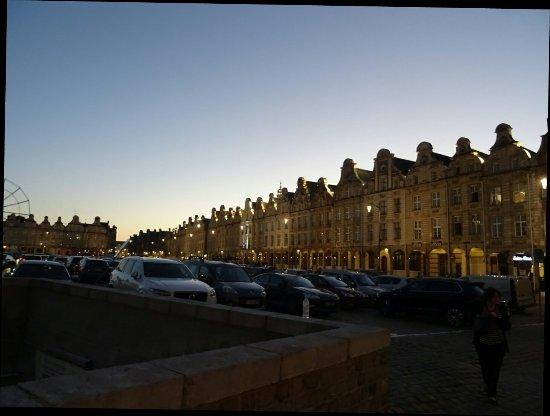 Arras, Francia: DSC04624_1_large.jpg