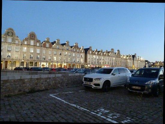 Arras, Francia: DSC04622_1_large.jpg