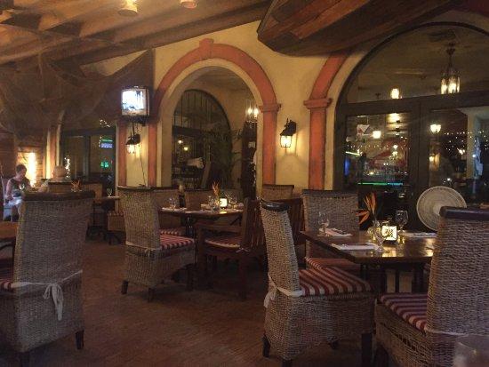 Papillon Restaurant: photo1.jpg