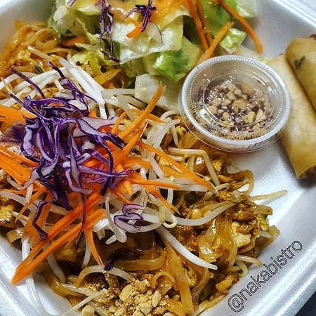 Langley, Canada: pad thai lunch take out