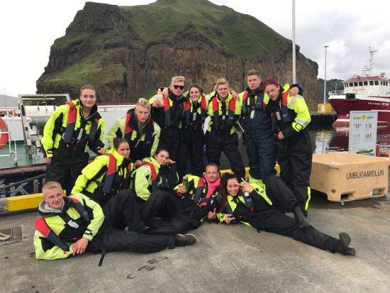 Vestmannaeyjar, Island: Ribsafari passengers