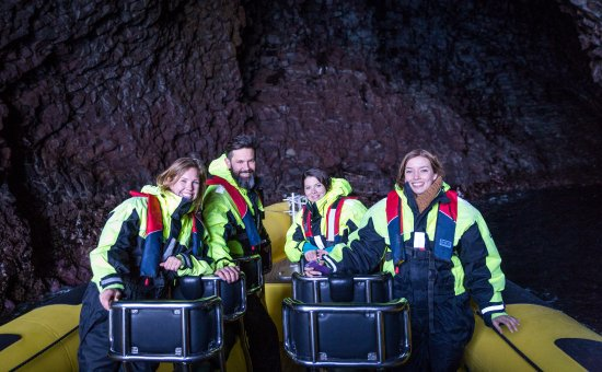 Vestmannaeyjar, Island: Inside a seacave