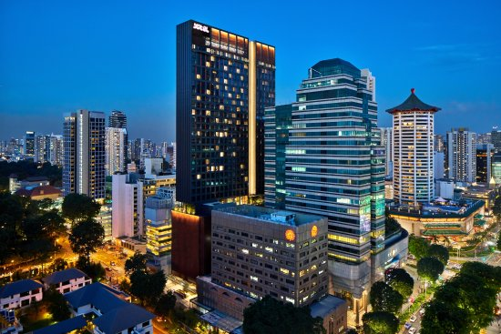 Singapore shopping guide and fun bargains for women.