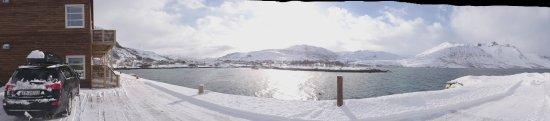 Ersfjordbotn, Norwegia: The balcony overlooking Ersfjords