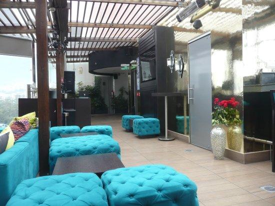 Le Parc Hotel: Roof top terrace.