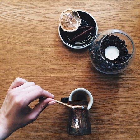 Mariupol, Ukraine: Кофе в джезве soy, заманчиво,не правда ли?:)