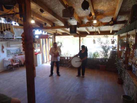 Primasol Ralitsa Superior Hotel: Finale of Jeep Safari with husband and Wife entertainment at their home