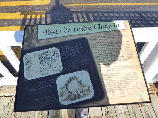 Tadoussac, Canada:  Poste deTraite Chauvin (panneau indicatif )
