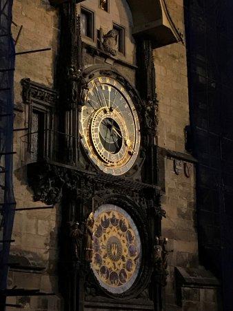 Altstädter Rathaus mit der astronomischen Aposteluhr: astronomical clock
