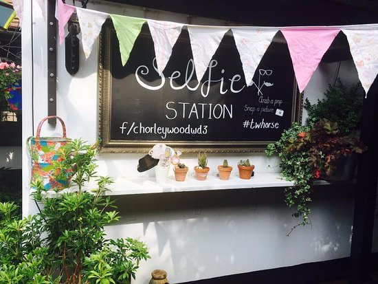 Chorleywood, UK: Have fun with our selfie station