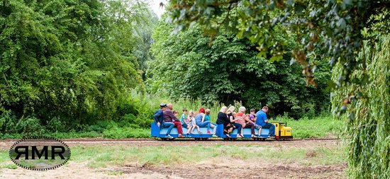 ‪Riverside Miniature Railway‬