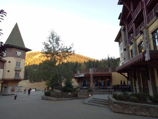 Sun Peaks, Canadá: 度假村就像是中古世紀的小鎮