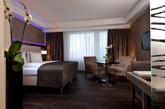 Hotel Palace Berlin: Club Room