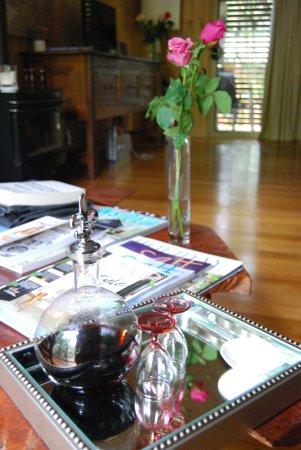 Flaxton, Australien: port & roses