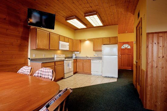 ‪‪Canyon Lake‬, تكساس: Kitchen in the Cabins‬