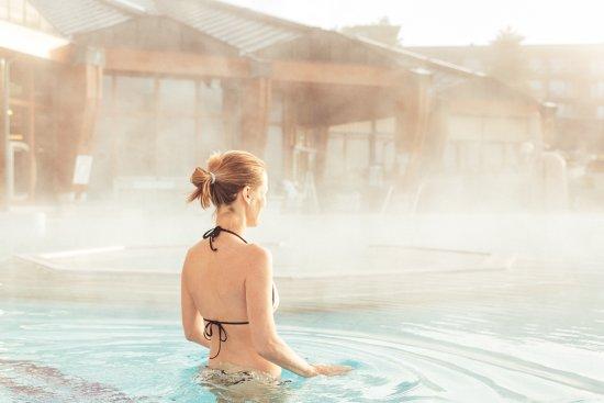 Thermenhotel Vier Jahreszeiten: Wellness pur in der Therme Loipersdorf