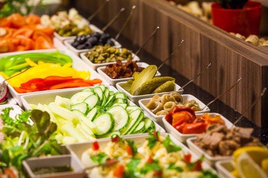 Glogow, Polen: Śniadanie z ponad 100 produktów