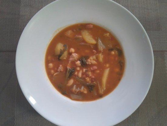 Yecla, España: Menú diario. Potaje. Para los fríos inviernos.