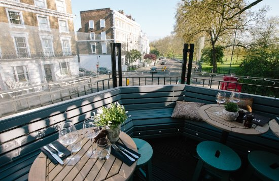 The charm of Primrose Hill - Review of The Queens, London, England