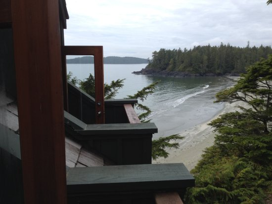 Middle Beach Lodge: view from room #26 at the lodge