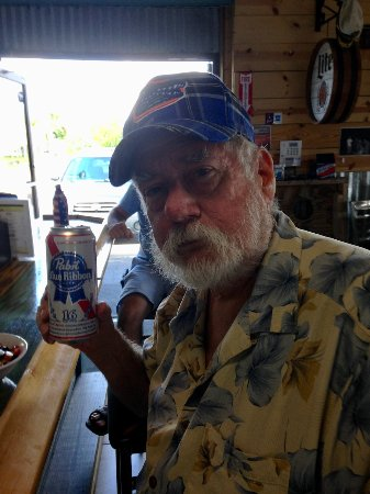 Hudson, Floryda: RICK ENJOYS HIMSELF SOME ORIGINAL PABST BLUE RIBBON BEER